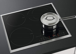 Có nên tự sửa bếp từ AEG lỗi E6 tại nhà hay không?