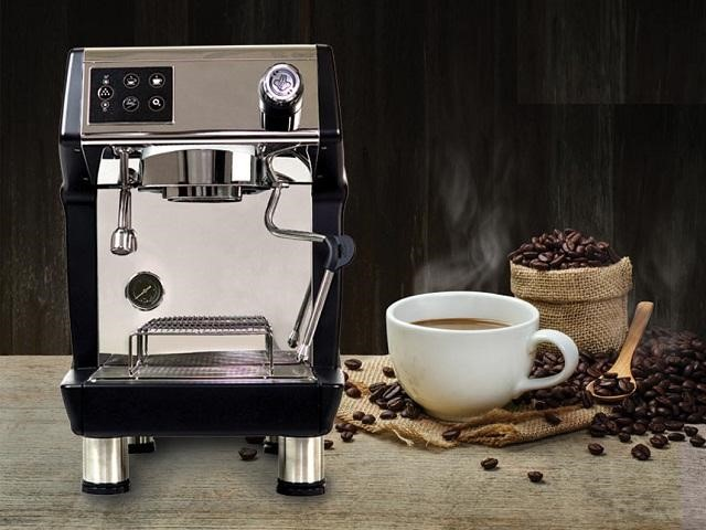 Hãy liên hệ với chúng tôi để được tư vấn và hỗ trợ khi máy pha cà phê trục trặc