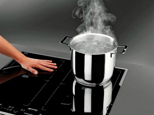 Bạn có thể tự sửa bếp từ lỗi E6 tại nhà