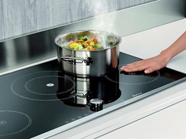 Bếp từ có thiết kế đẹp mắt cùng nhiều ưu điểm vượt trội