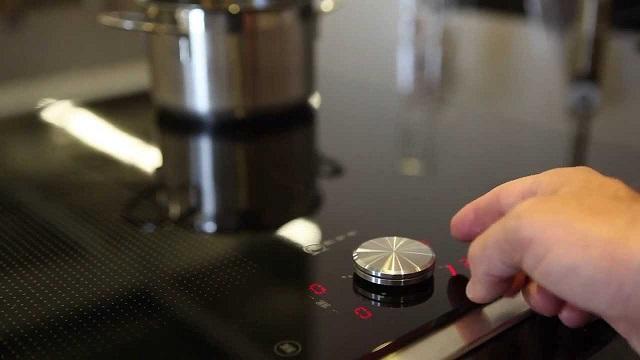 Hướng dẫn sửa bếp từ Neff lỗi ER22