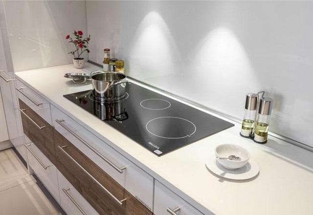 """""""Bật mí"""" tips sửa bếp từ MALLOCA đơn giản"""